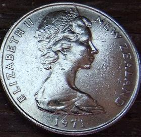 20 Центов, 1971 года,Новая Зеландия, Монета, Монеты, 20 Cents1971, New Zealand,Kiwi bird,Птица Киви на монете, Королева Elizabeth II, Елизавета IIна монете, Второй портрет королевы.