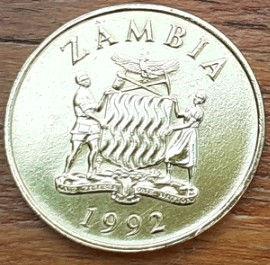 1 Квача, 1992 года, Замбия,Монета, Монеты, 1 OneKwacha1992, Zambia, Фауна, Птах, Орел, Fauna, Bird, Eagle,Фауна, Птица, Орел на монете, Coat of arms of Zambia, ГербЗамбиина монете.