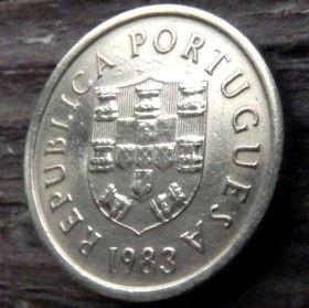 1 Эскудо, 1983 года, Португалия, Монета, Монеты, 1 Escudo 1983, Republica Portuguesa,Portugal, Coat of Arms,Гербна монете.