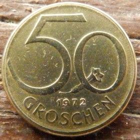 50 Грошей,1972 года,Австрия,Монета, Монети,Osterreich, 50 groschen1972, Austria,Австрія, Цветок Горечавки на монете,Квітка Тирлич,Flower on the coin,Прапор,Флаг Австрии на щите.