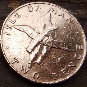 2 Пенса, 1976года, Остров Мэн, Монета, Монеты, 2 TwoPence 1976, Isle of Man, Fauna, Фауна, Пташка, Bird,Птица,Контуры територии острова Мэнна монете,Королева Elizabeth II, Елизавета IIна монете, Второй портрет королевы.