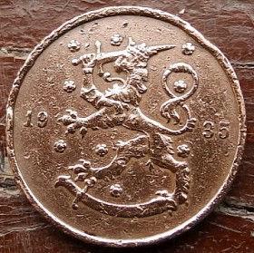 10 Пенни, 1935 года, Финляндия, Монета, Монеты, 10 Pennia 1935,Suomi, Finland,Fauna, Фауна, Lion with sword, Лев с мечом на монете.