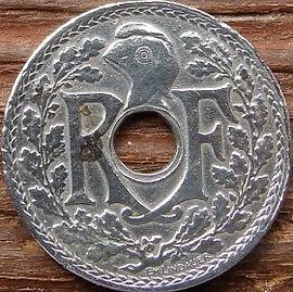 10 Сантимов, 1941 года, Франция,Монета, Монеты, 10 Centimes 1941,RepubliqueFrancaise, France,Helmet,Шлем, Рослинний орнамент,растительный орнамент,floral ornament на монете.