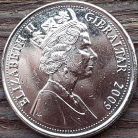 10 Пенсов, 2009 года, Гибралтар, Монета, Монеты, 10 Ten Pence 2009, Gibraltar,Большая осада Гибралтара,The Great Siege of Gibraltar, Гармата, Cannon, Пушкана монете,Королева Elizabeth II, Елизавета IIна монете, Пятый портрет королевы.