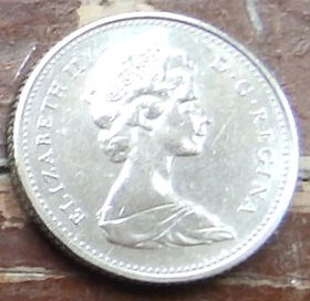 10 Центов, 1975 года,Канада, Монета, Монеты, 10 Cents 1975, Canada,Човен, Яхта, Корабель, Boat, Yacht, Ship, Лодка, Яхта, Корабльна монете, Королева Elizabeth II, Елизавета IIна монете, Второй портрет королевы.