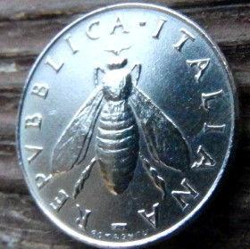 2 Лиры, 1954 года, Италия, Монета, Монеты, 2 Lire 1954, Italiana,Italy,Флора, Flora, Гілка оливкового дерева, Olive, Ветвь оливкового дерева на монете,Fauna, Фауна,Бджола, Bee, Пчелана монете.