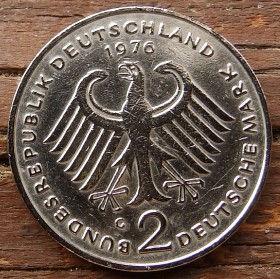 2 Марки,1976 года, ФРГ, Германия, Німеччина,Монета, Монеты, 2 Mark 1976, BUNDESREPUBLIK DEUTSCHLAND,Coat of arms,Герб,Fauna, Фауна, Пташка, Bird,Птица, Eagle, Орел на монете, Теодор Хойсна монете.