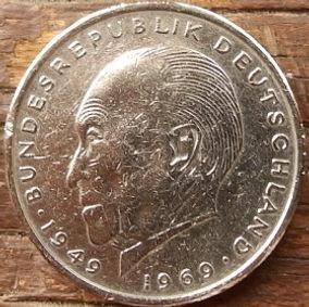 2 Марки,1976 года, ФРГ, Германия, Німеччина,Монета, Монеты, 2 Mark 1976, BUNDESREPUBLIK DEUTSCHLAND,Coat of arms,Герб,Fauna, Фауна, Пташка, Bird,Птица, Eagle, Орел на монете, Конрад Аденауерна монете.