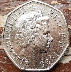 50 Пенсов, 1998года,Великобритания, Монета, Монеты, 50 Fifty Pence 1998,Жінка воїн,Woman warrior, Женщина воин на монете, Fauna,Фауна, Lion, Лев на монете, Королева Elizabeth II, Елизавета IIна монете, Четвертыйпортрет королевы, Семиугольная монета.
