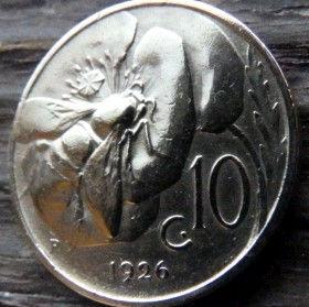 10 Чентезимо, 1926 года, Италия, Монета, Монеты, 10 Centesimi 1926, Italia,Italy, Флора, Flora,Квітка, Flower, Цветок на монете, Fauna, Фауна, Бджола, Bee, Пчелана монете, Король Виктор Еммануил III на монете.