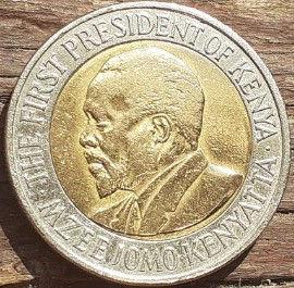 20 Шиллингов 2009 года, Кения,Монета, Монеты, 20 Twenty Shillings 2009, Republic of Kenya,Coat of arms of Kenya,Герб Кении на монете, First President of Kenya Jomo Kenyatta,Первый президент Кении Джомо Кениата на монете.