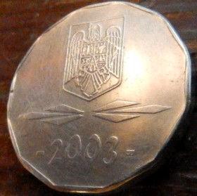 5000 Леев, Лей 2003 года,Румыния,Монета, Монеты,5000 Lei 2003,Romania,Coat of Arms, Герб,Fauna, Фауна, Пташка, Bird,Птица, Eagle, Орелна монете.