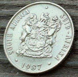 2 Цента, 1987 года, ЮАР, Монета, Монеты, 2 Cents 1987, South Africa,  Suid-Afrika, Фауна, Білохвостий гну, Fauna, White-tailed wildebeest, Фауна, Белохвостый гну на монете, Coat of arms of South Africa,  Герб ЮАР на монете.