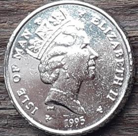 5 Пенсов, 1995 года, Остров Мэн, Монета, Монеты, 5 Pence 1995, Isle of Man, Sports, Golf, Ball and golf clubs, Спорт, Гольф, Мяч и клюшки для гольфа на монете, Королева Elizabeth II, Елизавета II на монете, Третий портрет королевы.