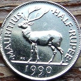 1/2 Рупии, 1990 года, Маврикий,Монета, Монеты,HalfRupee 1990, Mauritius,Fauna, Deer,Фауна, Оленьна монете,Seewoosagur Ramgoolam, Сивусагур Рамгуламна монете.
