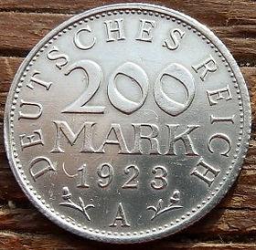200 Марок,1923 года, Германия, Німеччина,Монета, Монеты, 200 Mark1923,Deutsches Reich,Coat of arms,Герб,Fauna, Фауна, Пташка, Bird,Птица, Eagle, Орел на монете.