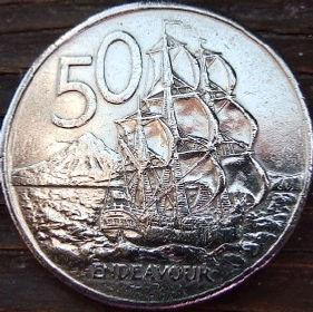 50 Центов, 1981 года,Новая Зеландия, Монета, Монеты, 50 Cents1981, New Zealand,Endeavour ship, Корабль Индевор на монете, Королева Elizabeth II, Елизавета IIна монете, Второй портрет королевы.