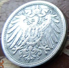 10 Пфеннигов,1917 года, Германия, Німеччина,Монета, Монеты, 10 Pfennig 1917,Deutsches Reich, Coat of arms,Герб,Корона, Crown, Fauna, Фауна, Пташка, Bird,Птица, Eagle, Орел на монете.