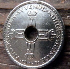 1 Крона, 1949 года, Норвегия, Монета, Монеты, 1 Krone1949, Norge,Crown,Корона на монете,Monogram, ВензельКороляГокона VII на монете. Монета с отверстием посередине.