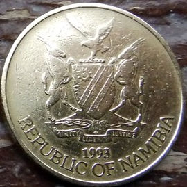 5 Долларов, 1993 года, Намибия, Монета, Монеты, 5 Dollars 1993,  Republic of Namibia, Фауна, Пташка, Орлан-білохвіст, Fauna, Bird, White-tailed Eagle, Фауна, Птица, Орлан-белохвост на монете, Coat of arms of Namibia, Герб Намибии на монете.