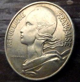 20 Сантимов, 1967 года, Франция,Монета, Монеты, 20 Centimes1967, RepubliqueFrancaise,France,Рослинний орнамент,растительный орнамент,floral ornament на монете,Girl,Девушкана монете.