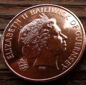 2 Пенса, 2006 года, Гернси, Монета, Монеты, 2 Two Pence 2006, Guernsey,Fauna, Фауна,Корови, Cows, Коровына монете, Королева Elizabeth II, Елизавета IIна монете, Четвертыйпортрет королевы.