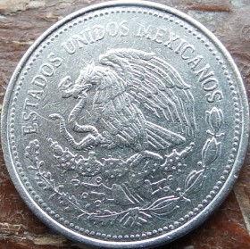1 Песо, 1984 года,Мексика, Монета, Монеты, 1Peso 1984,Estados Unidos Mexicanos,Jose Maria Morelos,Хосе Мария Морелос на монете,Coat of arms of Mexico, Герб Мексикина монете.