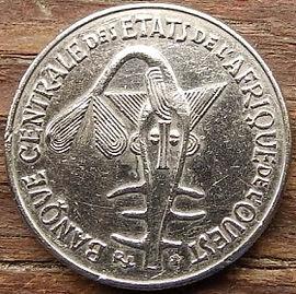 50 Франков, 1987 года, BCEAO,Монета, Монеты, 50 Francs 1987, UNION MONETAIRE OUEST-AFRICAINE, Рослинний орнамент,растительный орнамент,floral ornament на монете, Taku Symbol,Символ Такуна монете.