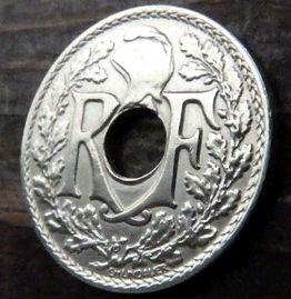 25 Сантимов, 1932 года, Франция,Монета, Монеты, 25 Centimes 1932,RepubliqueFrancaise, France,Helmet,Шлем, Рослинний орнамент,растительный орнамент,floral ornament на монете.