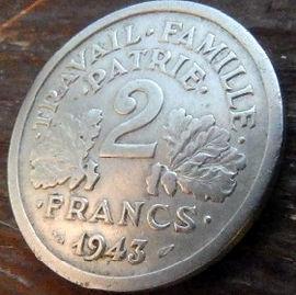 2 Франка, 1943 года, Франция,Монета, Монеты, 2Francs 1943,Etat Francais, France,Oak leaves,Дубовые листья на монете,Spikelets, Колоски,Сокира,Ax, Топорна монете.
