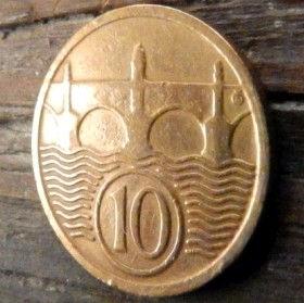 10 Геллеров, 1925 года,Чехословакия,Монета, Монеты,10 Hellers1925, Republika Ceskoslovenska,Міст через річку,Bridge over the river,Мост через реку на монете,Coat of Arms, Герб,Fauna, Фауна,Lion, Левна монете.