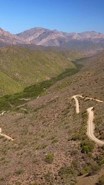 Gamkaskloof (Die Hel) 400m descent