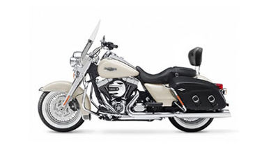 Harley Davidson Road King 103 hire in Cape Town