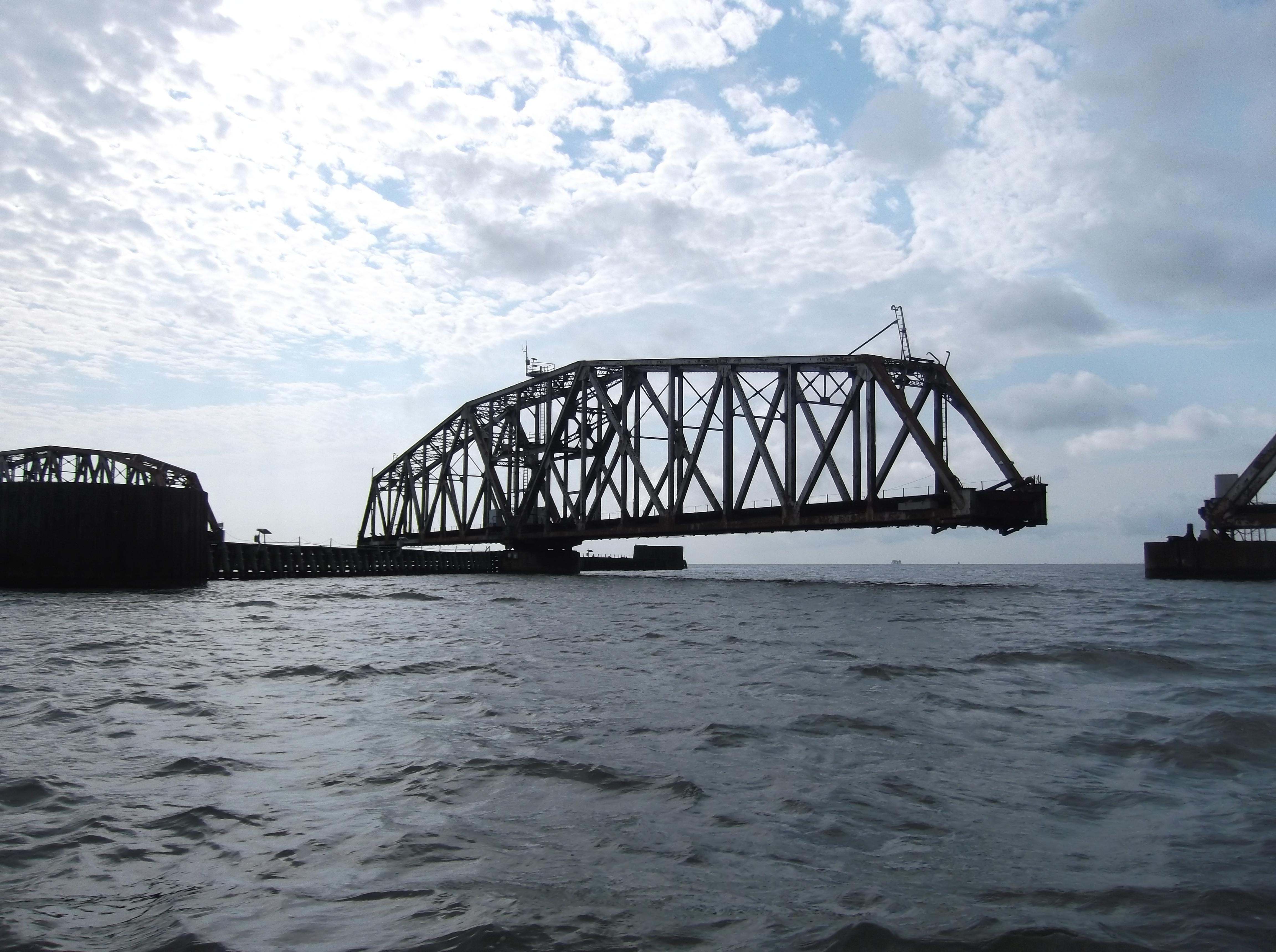 I.C. River Runnin 150.JPG