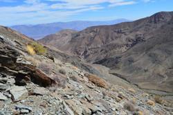 Dropping from ridge into Hanaupah