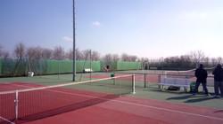 3 courts exterieurs