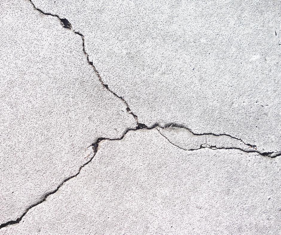 Foundation crack.png