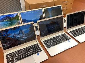 パソコン6台右.jpg