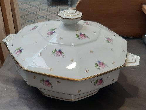 Légumier en porcelaine de Limoges
