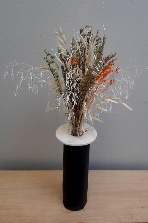 Bouquet et vase en céramique