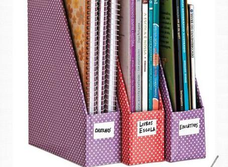 DIY : Une boîte à céréales transformée en porte magazines
