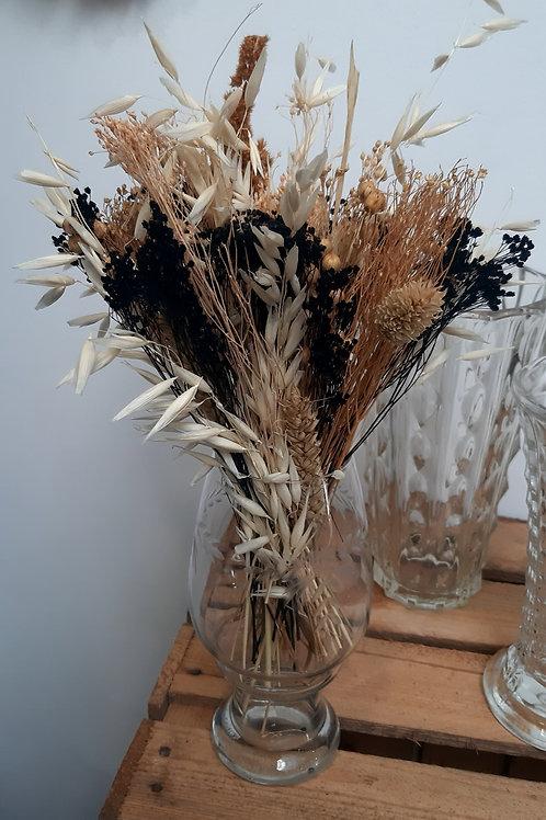 Bouquet coloris naturels et noir et verre gravé