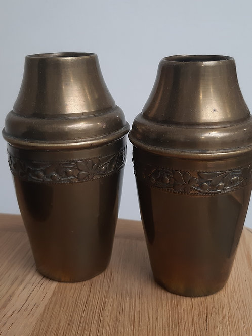 2 petits vases laiton