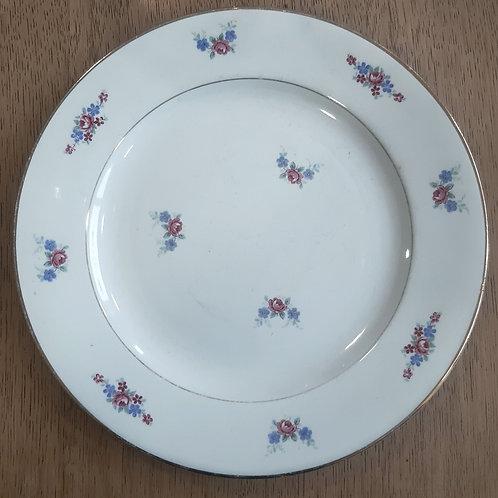 Assiette plate en porcelaine opaque