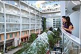 park-view-balcony-couple-305.jpg