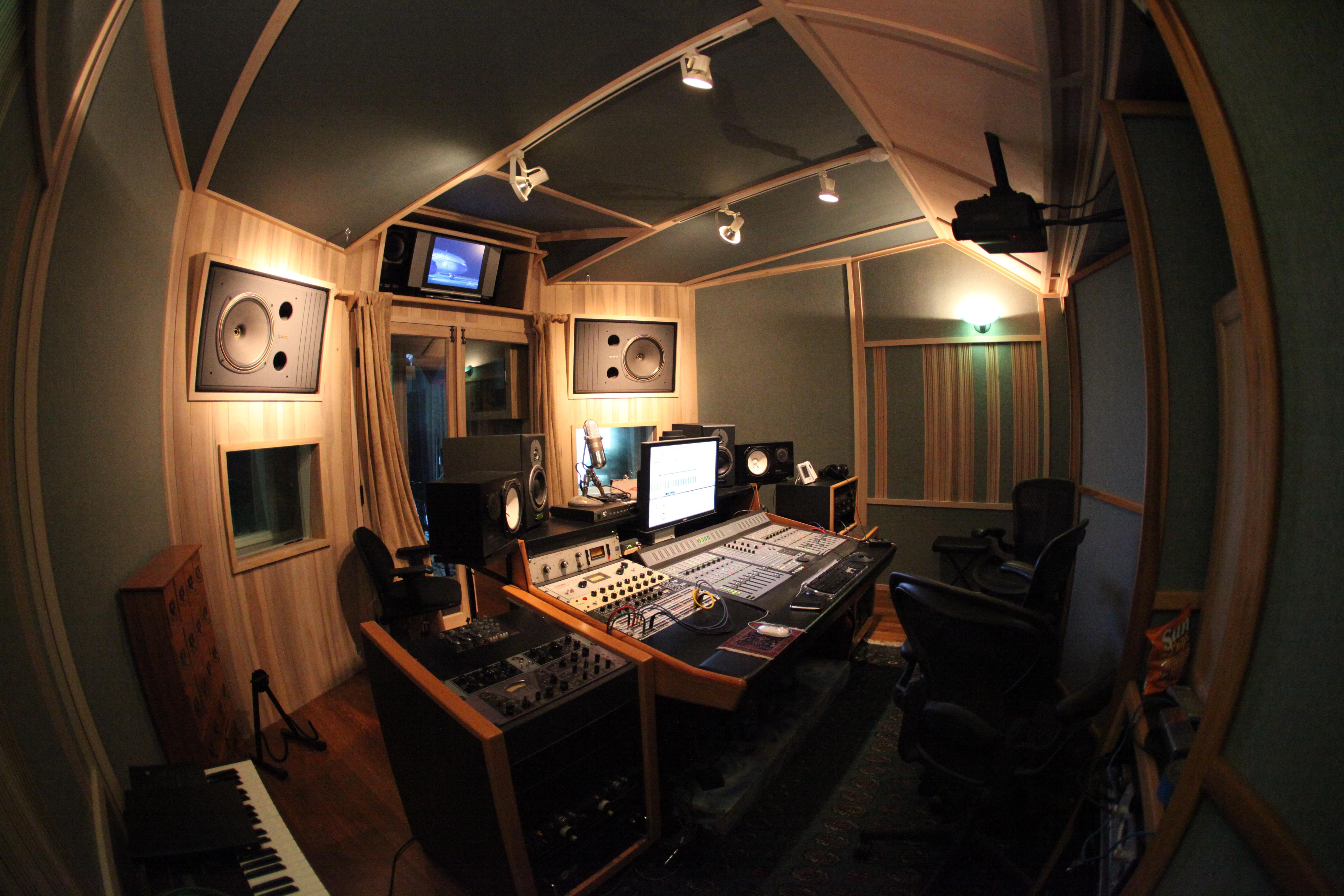 Control Room 2