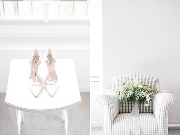Brautschuhe und Brautstrauß