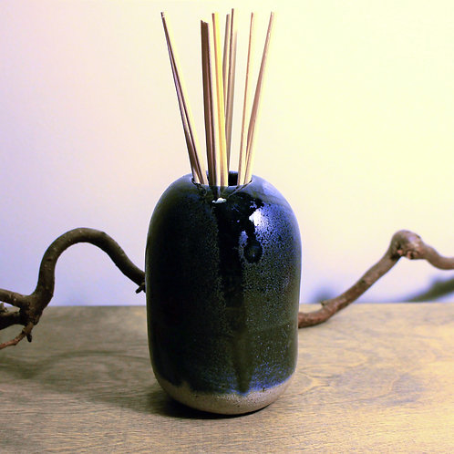 Dark Blue Oil Diffuser Vase
