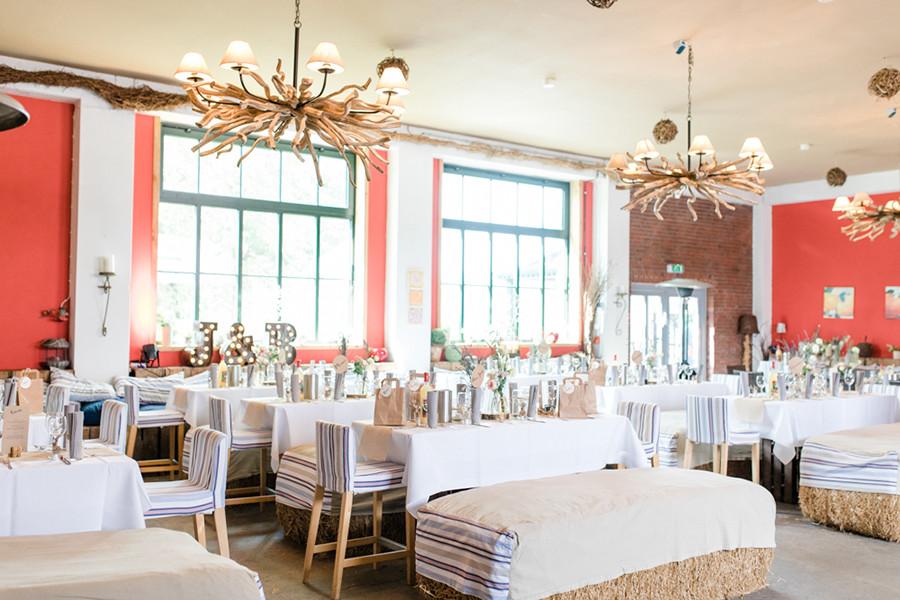Hochzeitslocation Obstscheune auf dem Obsthof Schuback in Jork