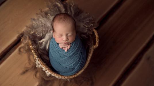 Babyfotograf Koblenz, neugeborenen shooting, Familienfotograf, familien baby fotoshooting, fotostudio familienfotos, fotograf Koblenz